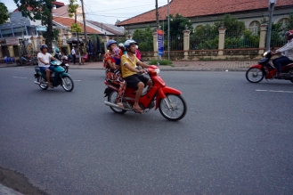blog-vietnam-streets-10-of-28