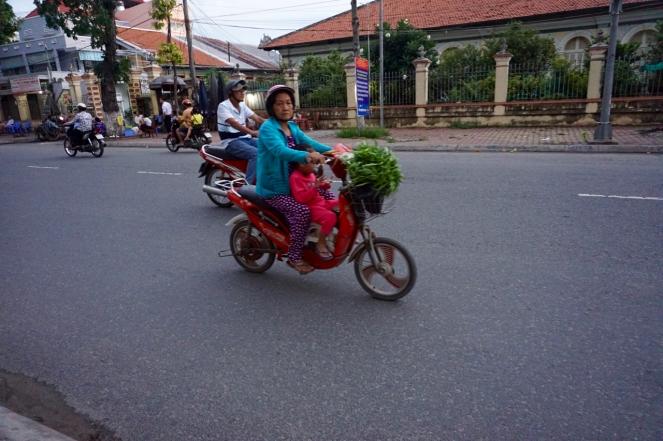 blog-vietnam-streets-11-of-28