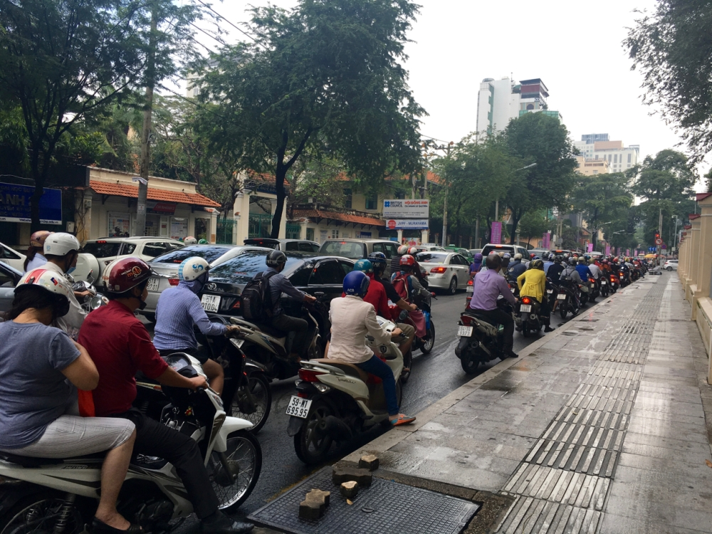 blog-vietnam-streets-4-of-28